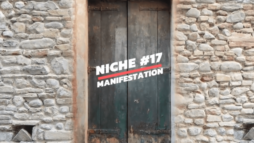 Top 17 Best YouTube Niches Ideas & Best Clickbank Products To Make Money.